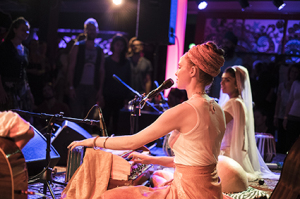 Ajeet Kaur Live Concert Amsterdam May 21st 2016