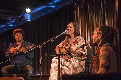 Tina Malia Live HeartFire.nl